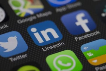 The Advantages of Using LinkedIn